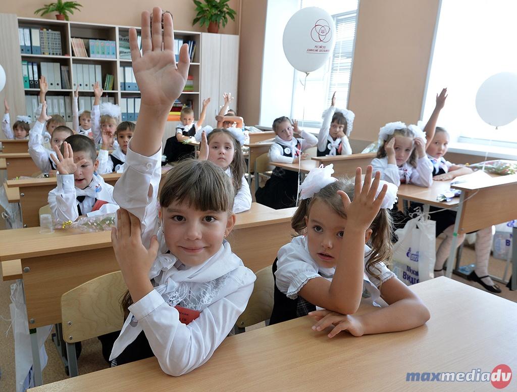 ВКалмыкии самая дешевая школьная форма